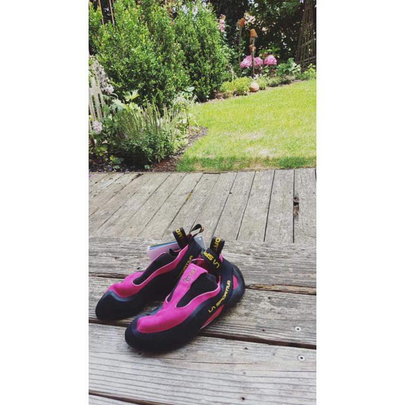 Bild 1 von lea wallner zu La Sportiva - Women's Cobra - Kletterschuhe