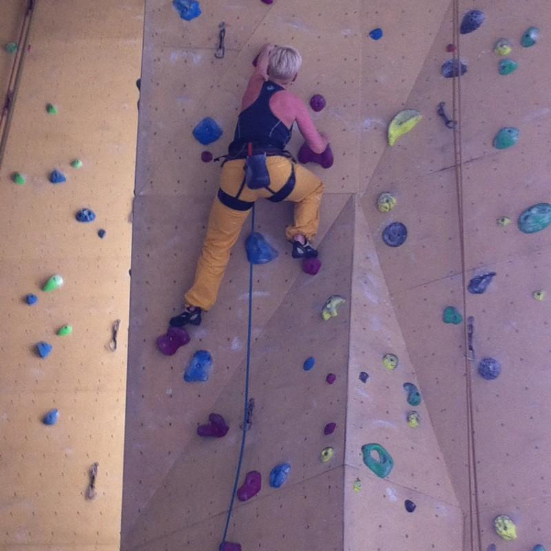 Bild 2 von Jacqueline zu La Sportiva - Women's Kalymnos Pant - Kletterhose
