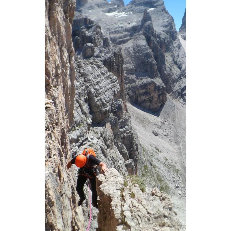 Bild 1 von Aaron zu Petzl - Sirocco - Kletterhelm
