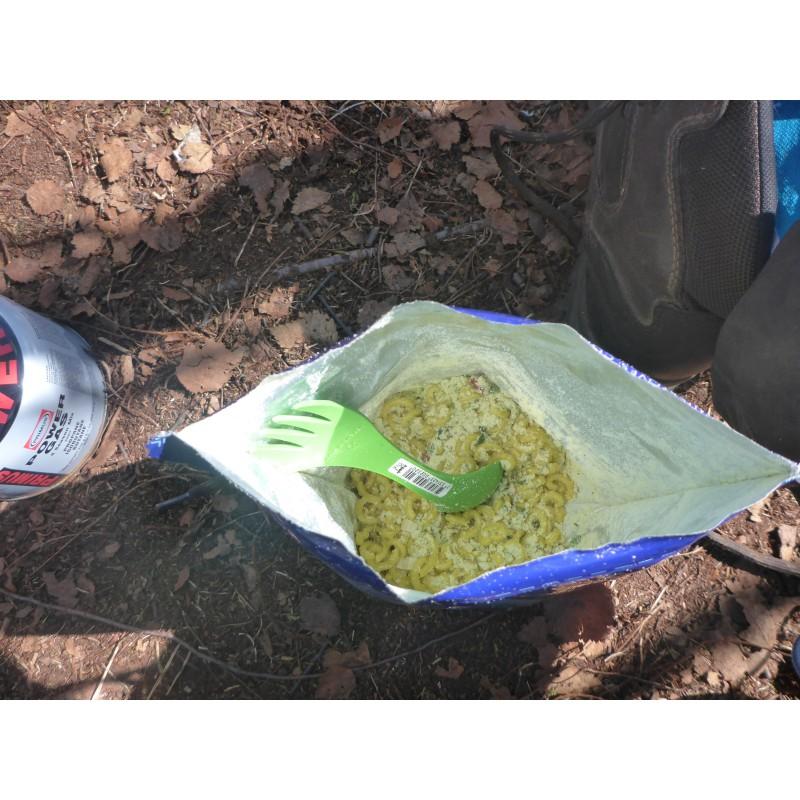 Bild 1 von Markus zu Trek'n Eat - Hühnchen in Sahnenudeln + Spinat